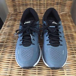 Just in! ASICS Metarun Women's Running Shoe 7.5